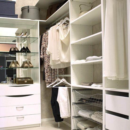 Garderobe, garderobemannen, skyvedører, garderobeskap